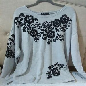 Embellished top size 1x